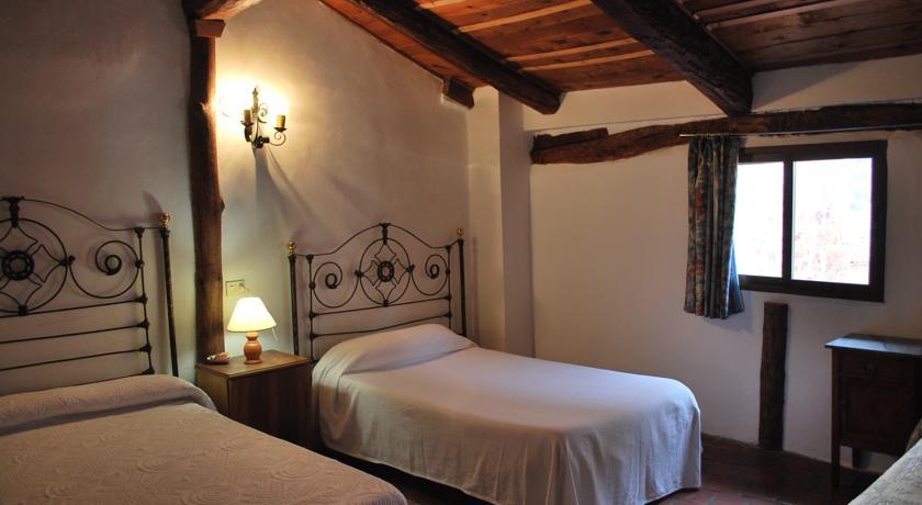 FONDA DEL TOZAL  Hostal  Teruel Comunidad de Teruel