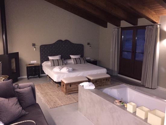 HOTEL RESTAURANTE MAS DE CEBRIAN   Hotel  Puertomingalvo Gúdar-Javalambre