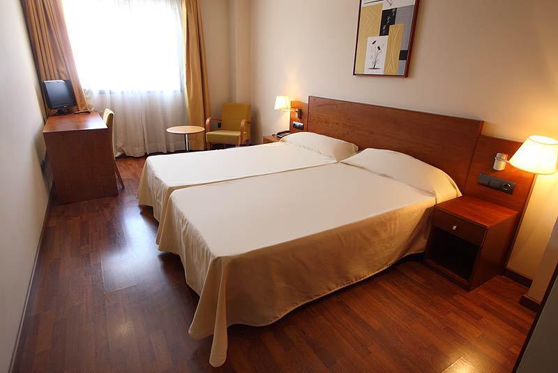 HOTEL SUITE CAMARENA   Hotel  Teruel Comunidad de Teruel