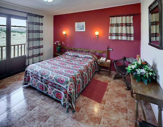 HOTEL MORA   Hotel  Mora de Rubielos Gúdar-Javalambre